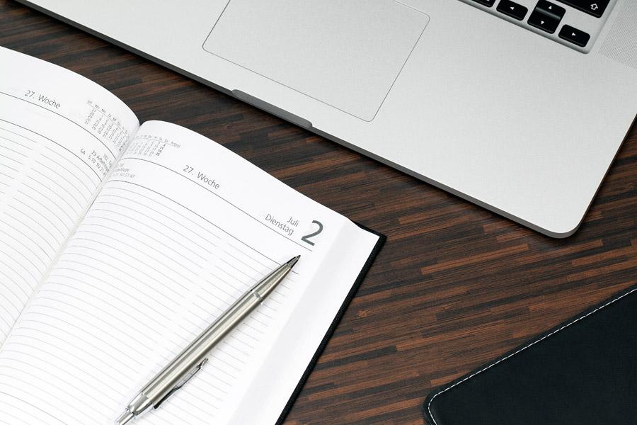 簡単!カレンダーから日付入力 Bootstrap Datepicker の使い方と解説