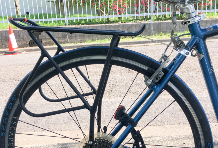 GIANT ESCAPE R3に自転車用リアキャリアを取り付ける方法