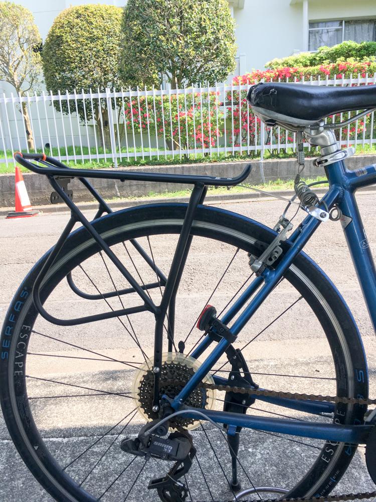 簡単!GIANT ESCAPE R3に自転車用リアキャリアを取り付ける方法